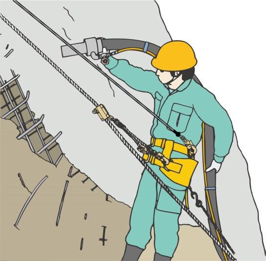 法面工事におけるロープ高所作業